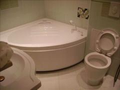 Изграждане на санитарни помещения