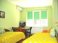 Хотел Еуроконтакт: Апартаменти, студиа, спални и стаи с всички екстри и удобства за Вас в центъра на гр. Русе!