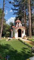 Производство на църква и параклиси