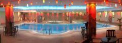 Плувен център